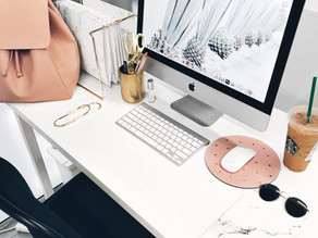 Minimalist desk- Examples to perfect the look