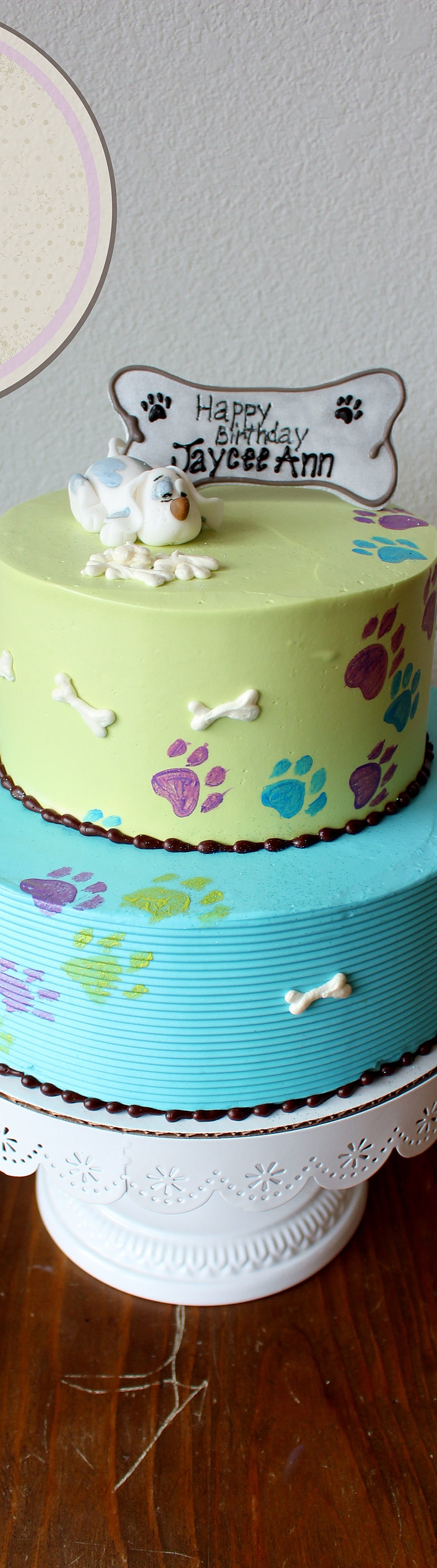 Minnie mouse cake red