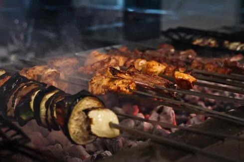 Kebab-over-grill16.jpg