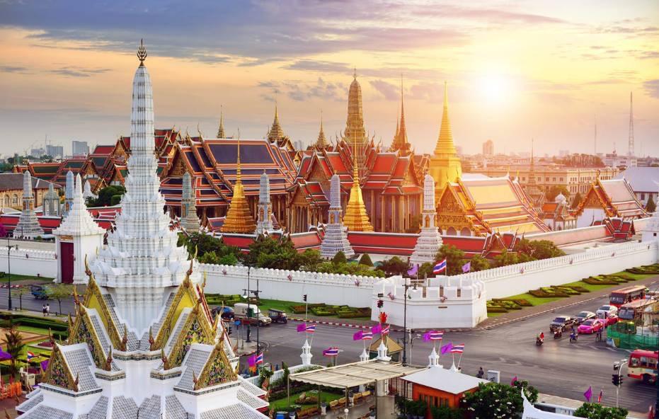 왕궁과 에메랄드 사원의 전경 출처 www.thailand-secrets.net