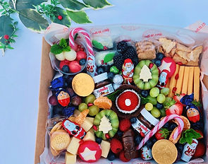 Kids Festive Platter Box 1.jpeg