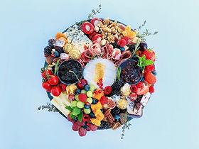 wreath platter 2.jpg