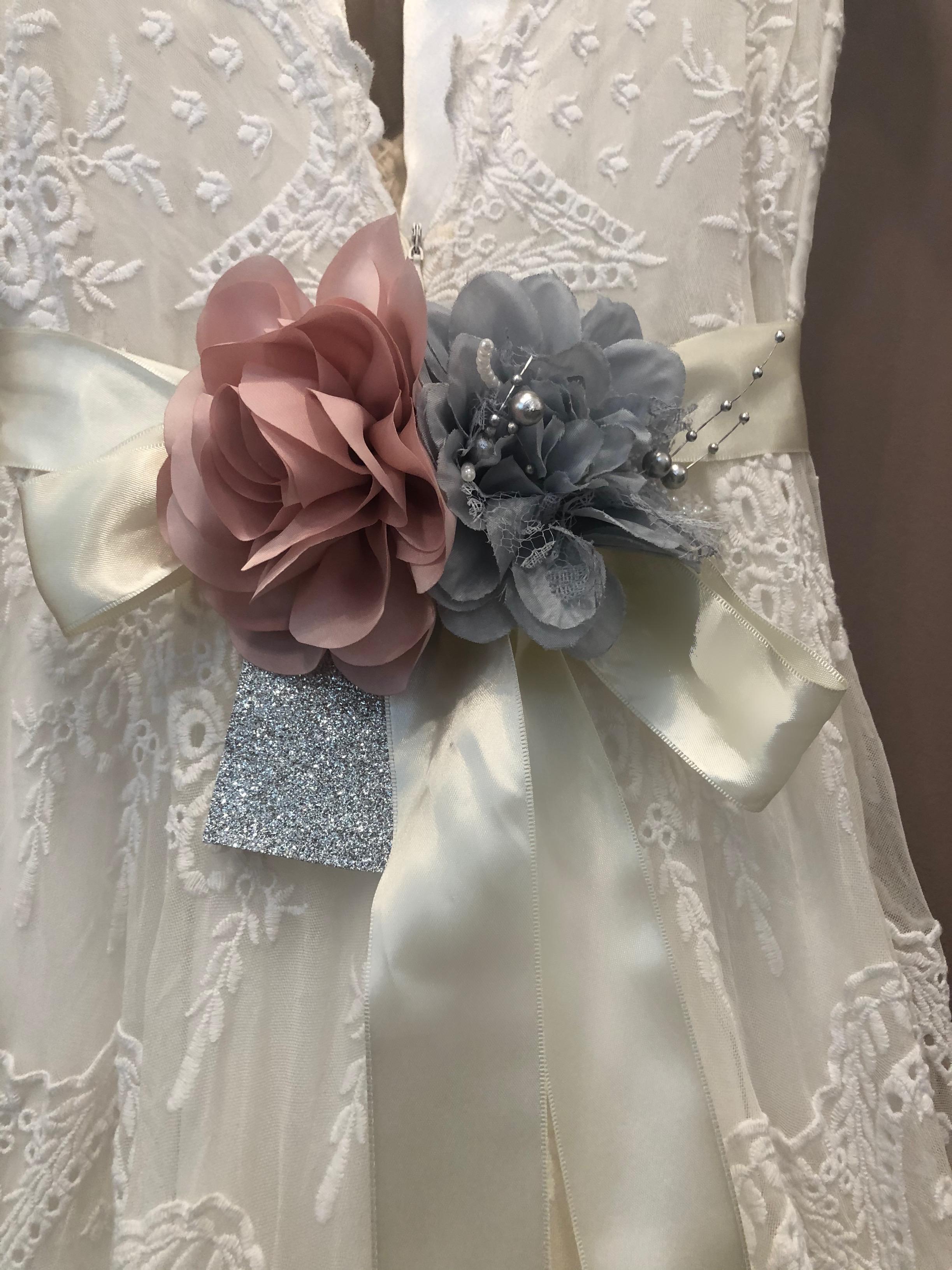 flores para cintos e detalhes