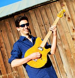 Mike-Guitar