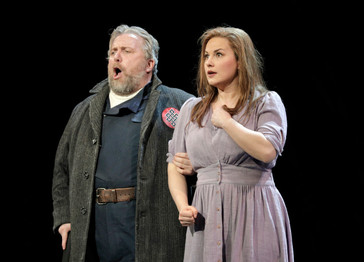 """In Review: Munger and Boehler in Minnesota Opera's """"Rigoletto"""""""