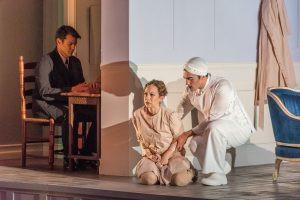 """In Review: Zetlan and Yankovskaya in Opera Saratoga's """"Ellen West"""""""