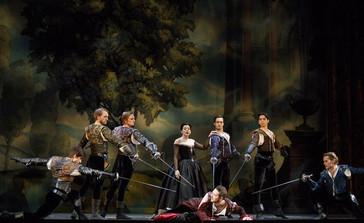 "In Review: Blumberg in Opera Atelier's ""Medea"""