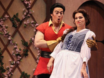 """In Review: John Riesen as Gaston in """"Beauty and the Beast"""" at Shreveport Opera"""