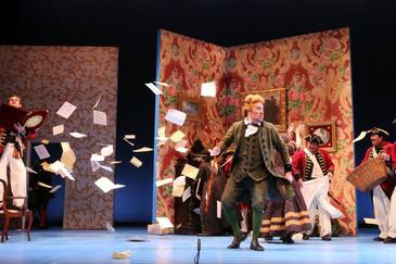 "In Review: Havey brings ""flair and a raucous sense of joy"" to North Carolina Opera ""I"