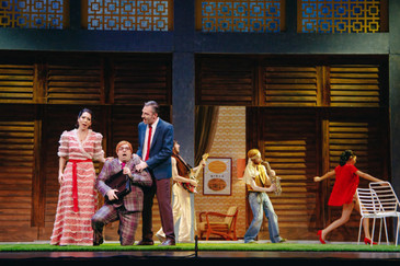 """In Review: Calenos in """"Die Fledermaus"""" at the Greek National Theater"""