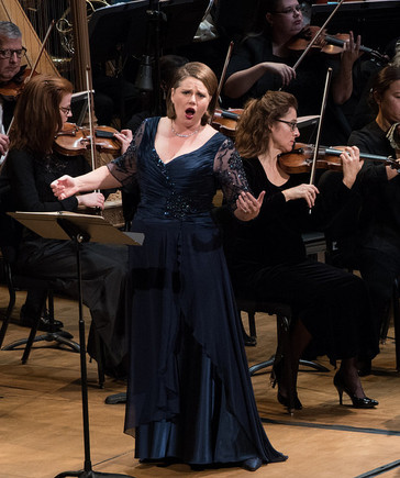 "Cheers for Dana Beth Miller in her ""powerhouse"" Hérodiade with Washington Concert Opera!"