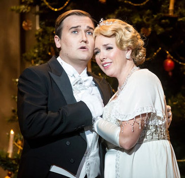 """In Review: Wolverton and Parks shine in Minnesota Opera's """"Silent Night"""""""