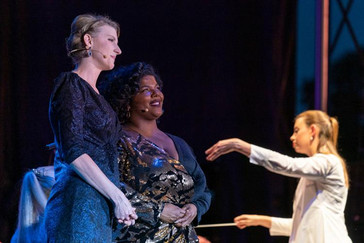 """In Review: Thelwell """"stunning"""" in Madison Opera in the Park"""