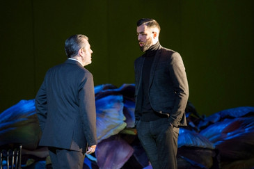 "Carico displays his ""rich baritone and natural comic timing"" in Deutsche Oper Berlin &quot"
