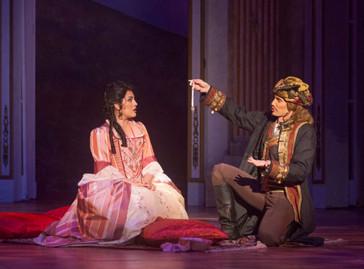 "Velasco brings her ""striking"" voice to ""Cosi fan tutte"" at Opera San Jose"