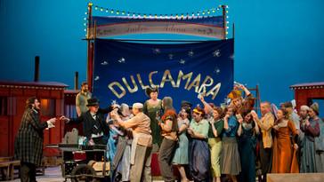 "Noel Bouley is dulcamara in ""L'elisir d'amore"" with Deutsche Oper Berlin"