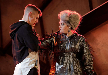"""Mentzer is the """"high point of the performance"""" in West Edge Opera """"Hamlet"""""""