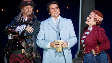 """Whitney brings his """"strong"""", """"beautiful"""" voice to San Diego Opera's """"Th"""