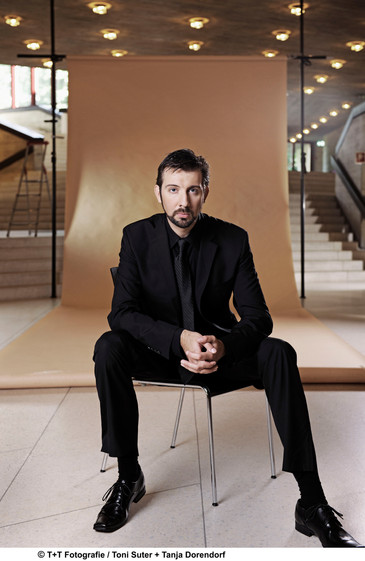 """In Review: Matt Boehler sings Rautavaara's """"Viglia"""" at the Cathedral of St. John of th"""