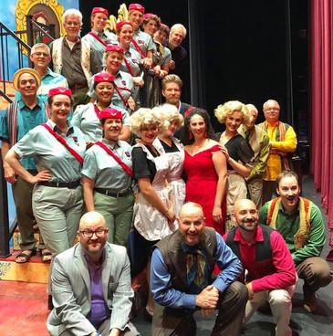 """Burns brings big laughs to Opera Roanoke """"Il barbiere di Siviglia"""""""