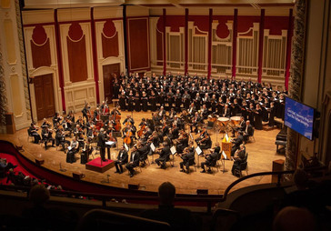 """In Review: Ollarsaba brings his """"rich, smooth timbre"""" to PSO """"Mass in Time of War&quo"""