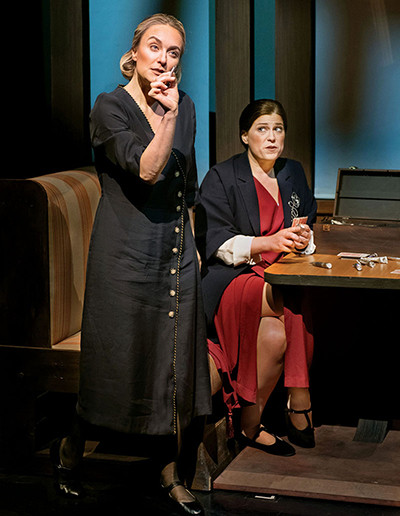 """Opera News hails Staufenbiel and Belcher for """"Today it Rains"""" at Opera Parallèle"""