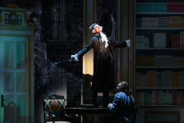 """Sanders impresses with his """"clarion, bright-toned tenor"""" in Glimmerglass """"Ghosts of V"""