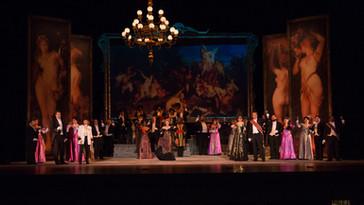 Here's a fine review of JAMIE-ROSE GUARRINE, AMANDA CRIDER, AND JOHN HOOMES for Florentine Opera Com