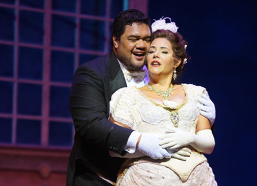 "In Review: Havey directs ""La Traviata"" at Hawaii Opera Theatre"