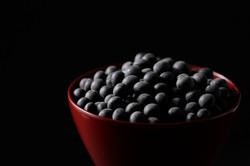 新物、黒大豆。