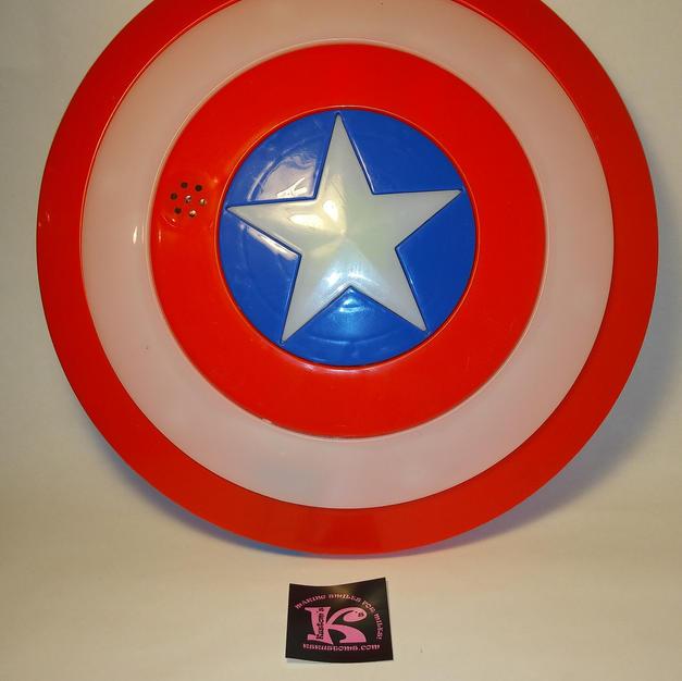 Dynacraft Avengers Jeep Captain America Shield