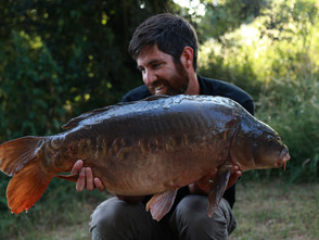 Simon Dew - A Carp Angler Surrounded by Sea