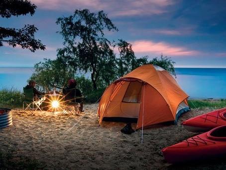 10 equipamentos de camping por menos de R$ 100,00