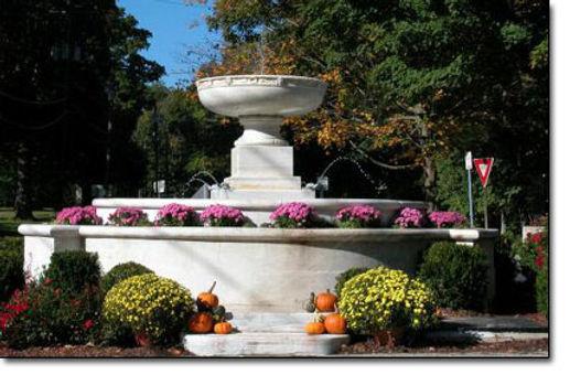 Ridgefield-CT-fountain.jpg