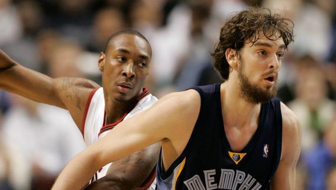 Pau_Gasol_Memphis_Grillies_NBA_Around_the_Game