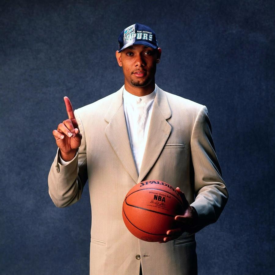 Tim_Duncan_San_antonio_Spurs_NBA_Around_the_Game