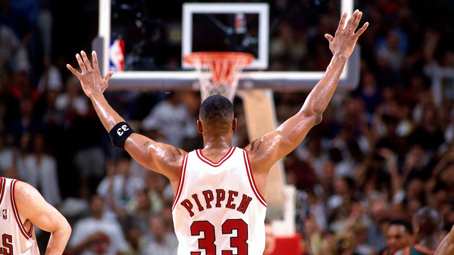 Scottie_Pippen_Christmas_Games_NBA_Around_the_Game