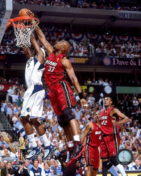 Alonzo_Mourning_Miami_Heat_NBA_Around_the_Game