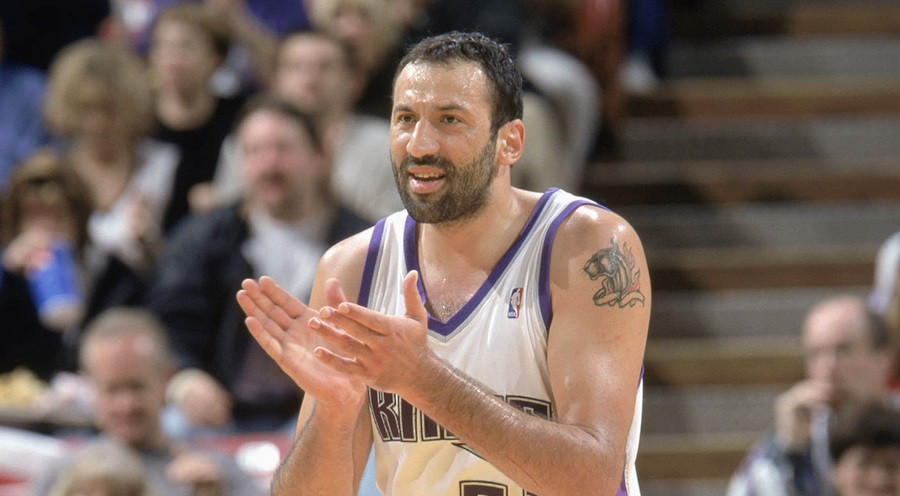 Vlade_Divac_Sacramento_Kings_NBA_Around_the_Game