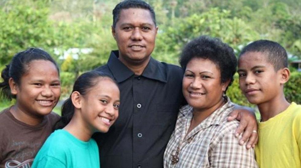 FIJIAN FAMILY SMALLER.jpg