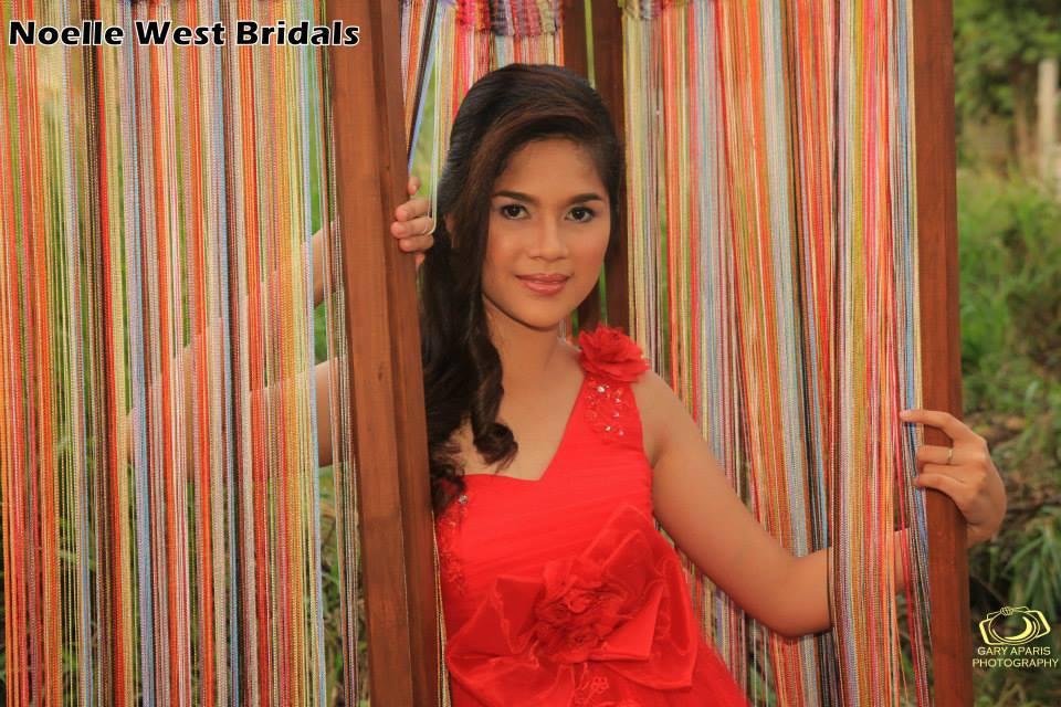 Noelle West Bridals ballgowns
