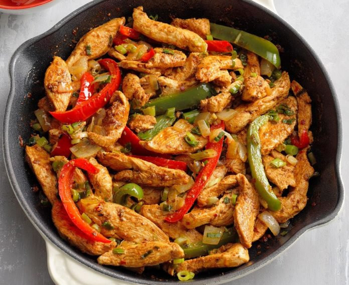 Flavorful-Chicken-Fajitas_EXPS_GHBZ18_12
