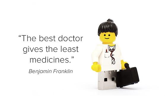 Dokter yang menjalankan praktek Functional Medicine berinteraksi dengan lebih baik terhadap pasiennya. Solusinya tidak selalu berupa obat, tetapi biasanya lebih tepat.