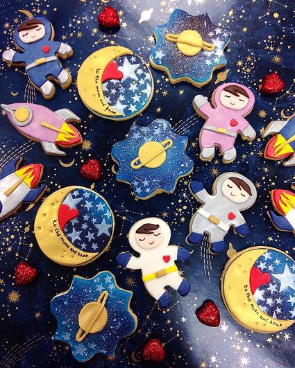 valentines biscuit gift box