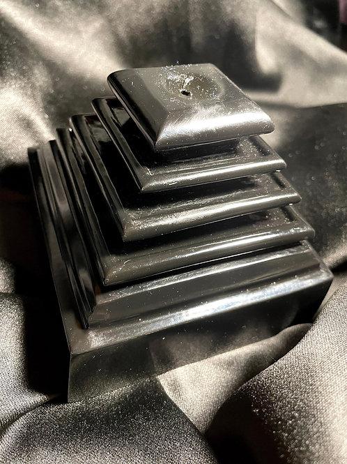 Black Beauty Pyramid Incense Flow