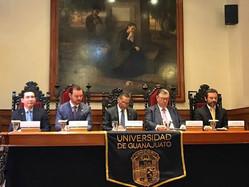 Expertos en el tema abordan el Derecho Laboral en la UG (Participación del Mtro. Tomás Natividad).