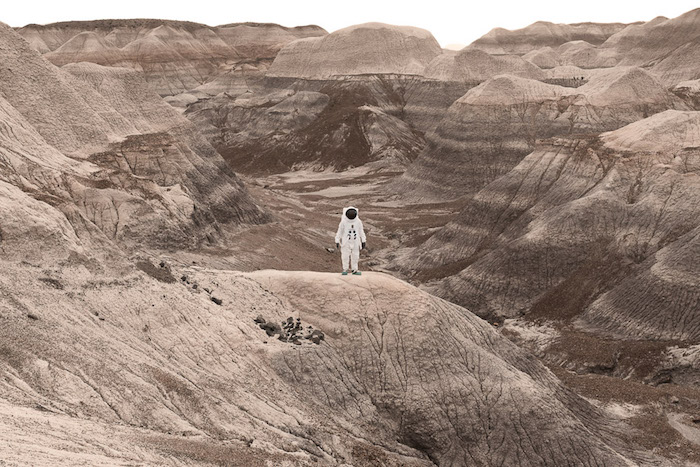 JULIEN MAUVE A  POZDRAVY Z MARSU