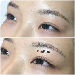 Enhance your natural eyelashes with a la