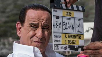 Tra decadenza, bunga-bunga e Bagaglino ecco il Berlusconi/Servillo nel nuovo film di Sorrentino