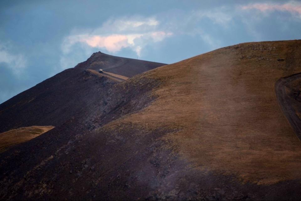 DOT ON THE MOUNTAIN